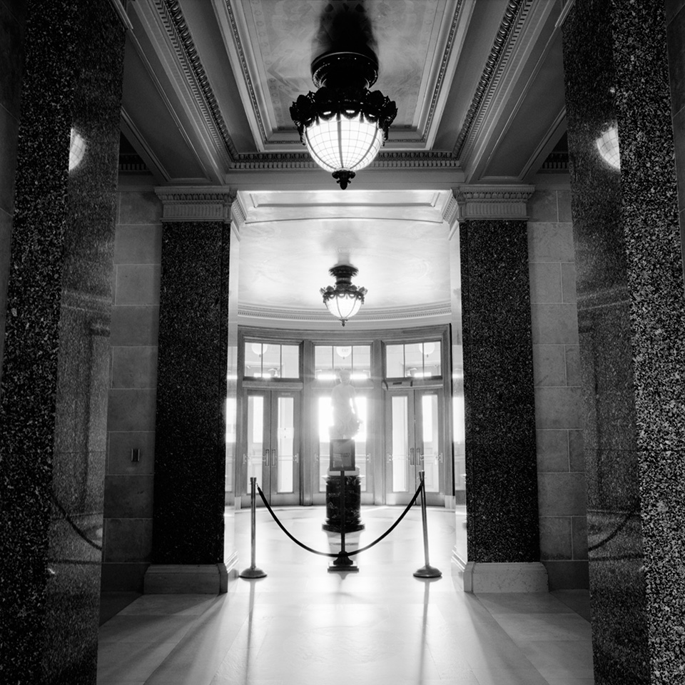 Decomposing #12 - Wisconsin State Capitol © Ting-Li Lin