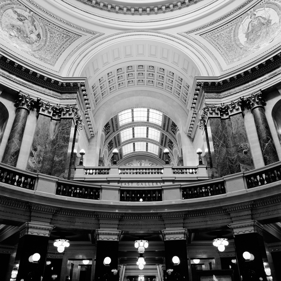 Decomposing #13 - Wisconsin State Capitol © Ting-Li Lin