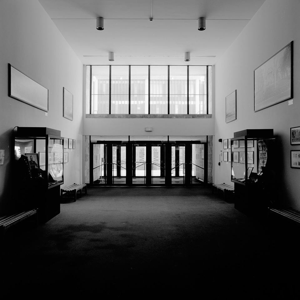 Decomposing #25 - Mosse Humanities Building © Ting-Li Lin