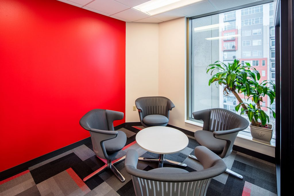 100state Fishbowl Meeting Room